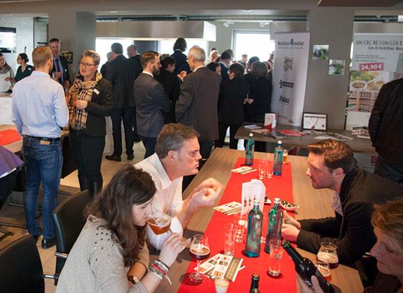 Erfahrungsaustuasch und Vorfreude auf die kommenden gemeinsamen Veranstaltungen standen im Vordergrund beim Neujahrsempfang des Westfalen Instituts