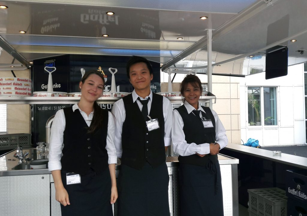 Gute Laune trotz starkem Regen: Unser Team aus Bonn