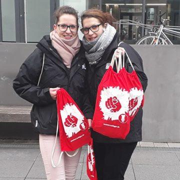 Disponentin Jenny Nestler und Servicemitarbeiterin Claudia Höhne auf der Suche nach Verstärkung für die kommende Event-Saison