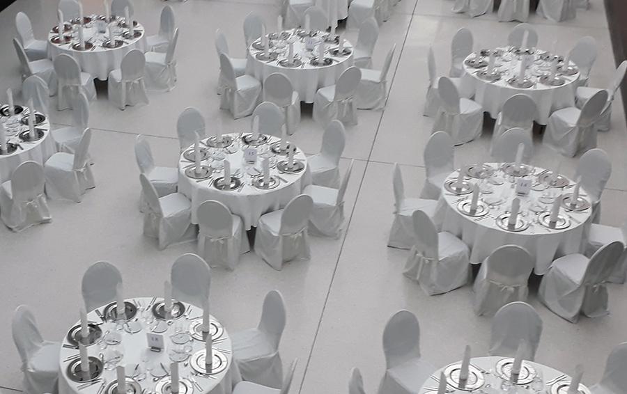 Nach dem Festakt zur Verleihung des Westfälischen Friedenspreises im Historischen Rathaus zu Münster wurden die hochrangigen Gäste mit einem exklusiven Staatsbankett verwöhnt