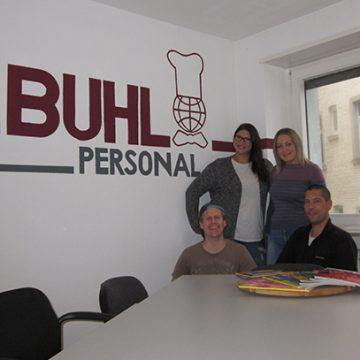 (v.l.n.r.): Andreas Fritz (Regionalleiter), Nadine Lutz (Fachbereichsleiterin Service), Maria Doberstein (Teamassistentin), Jens Simmendinger (Niederlassungsleiter)