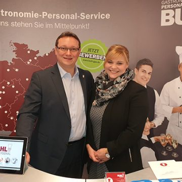 Ulf Lampke (BUHL-Geschäftsführer Vertrieb) und Isabell Lach (Personaldisponentin Service in Bonn) nutzten die Chance, unser Unternehmen wie schon in den letzten Jahren äußerst erfolgreich zu vertreten.