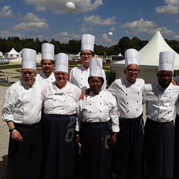 BUHL in München war mit 7 Küchenhilfen und 7 Köchen vor Ort mit dabei.