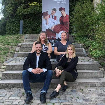 Vor der Sparrenburg gab es win schönes Bild unseresn Bielefelder Niederlassungsteams